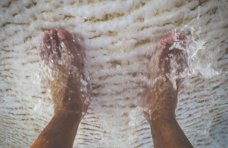 feet, foot, toes